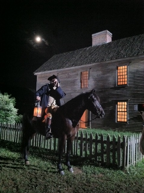 The midnight ride of Paul Revere reenactment